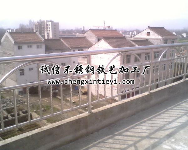 不锈钢围栏2; 铁艺护栏